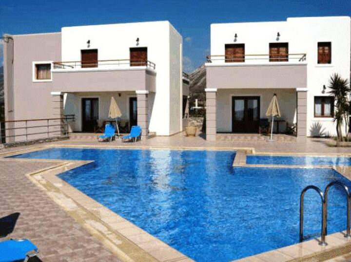 seaview villa complex in Elafonisos ideal for kids