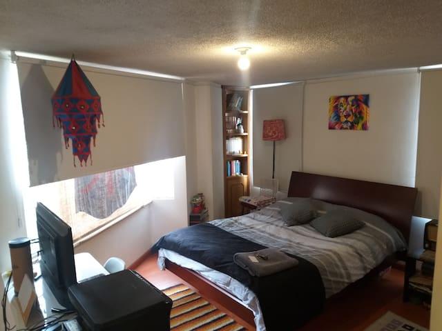Habitación y baño privado Movistar Arena y Campín