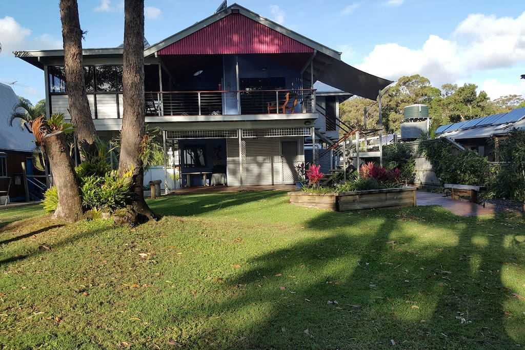 Bayview Fantastic house with water views directly across from the beach of Cowan Cowan overlooking Moreton Bay
