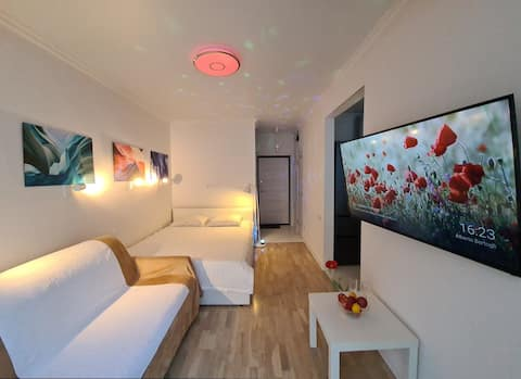 """Cozy apartments with TV 50"""" in Sochi"""