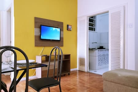 COZY APARTMENT in DOWNTOWN BH
