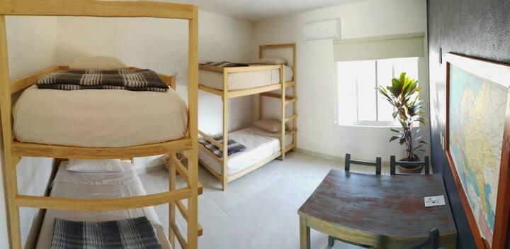 Los 4 Pulques Hotel / Habitación 4 Hostal Cama 4