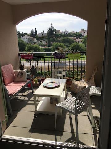 Agréable appartement sur Roquebrune sur Argens