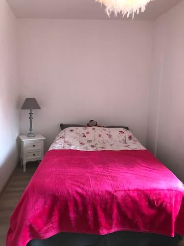 Chambre privée au cœur de Monistrol sur Loire