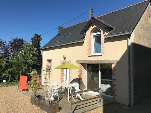 charming house in city center Seiches Sur Le Loir