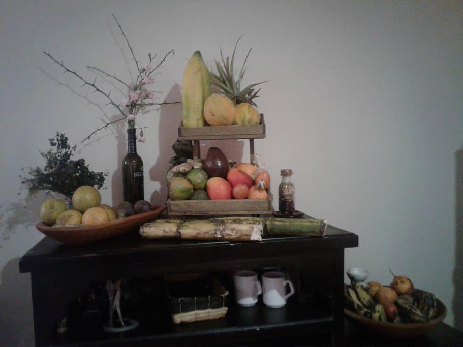 Un rincón de la cocina donde siempre hay frutas frescas y de temporada