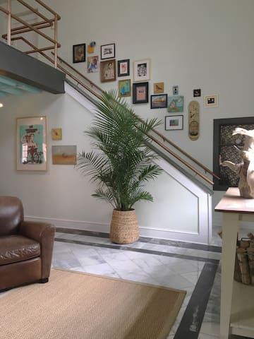 Crawford Square Loft - Savannah - Hus