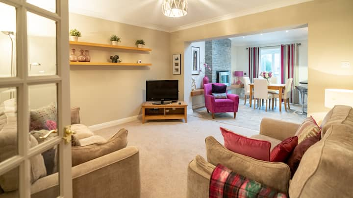 Spacious home-from-home in desirable Penylan area