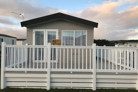 Marys View Luxury Caravan Hire Embo