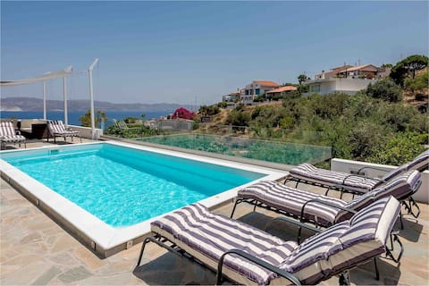 Villa Luna Private Heated Hydro Pool BBQ Beach 4mn