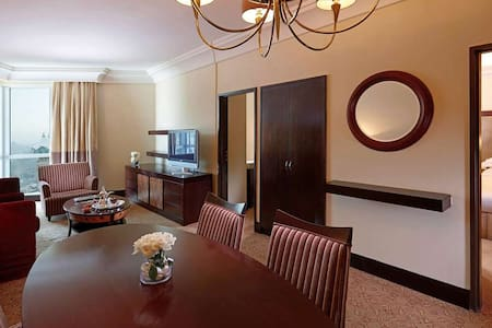 Zamzam suite Kaaba view