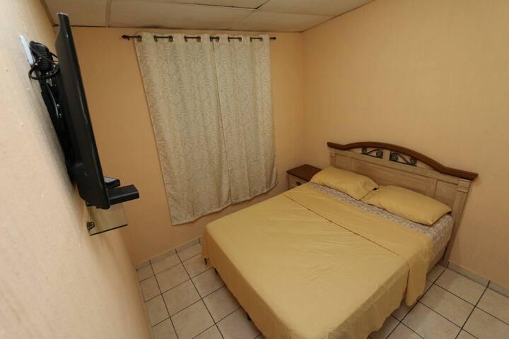 Habitación en el Gran San Salvador (Santa Tecla)