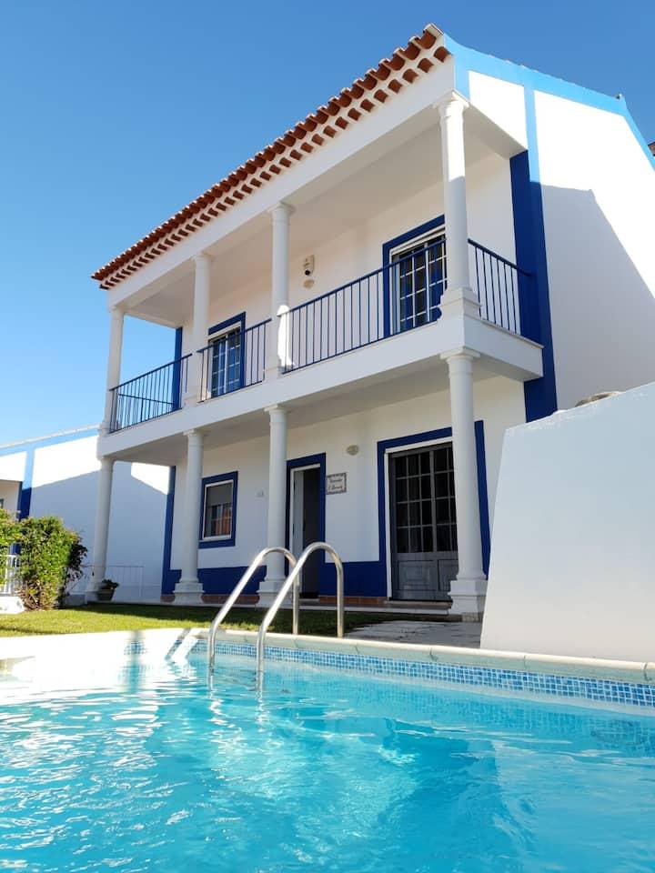 Spacious, Serene, Modern, Private Pool - Nr Obidos