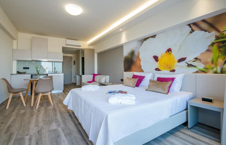 Incognito Creta Luxury Suites and More - Lavdano