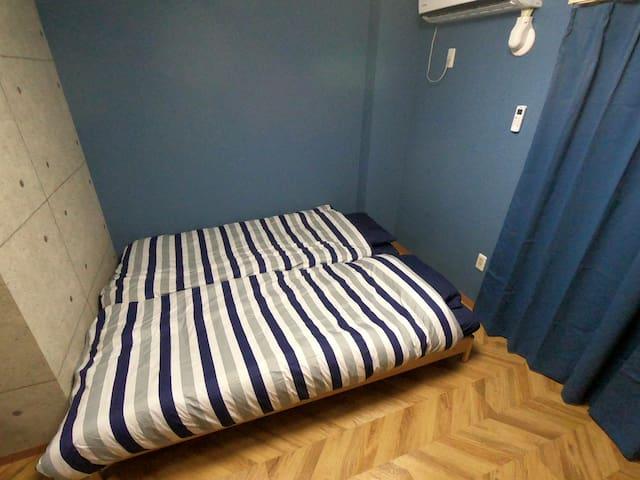 ベッド配置は簡単に自由に変更できます。
