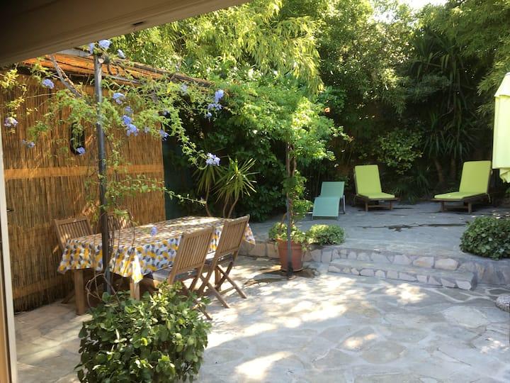 Maison centre  ville avec jardin privatif clim