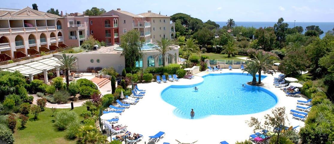 Golfe St Tropez - Les Issambres - Les Calanques