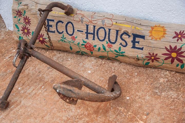 eco - sea - house - 2.0