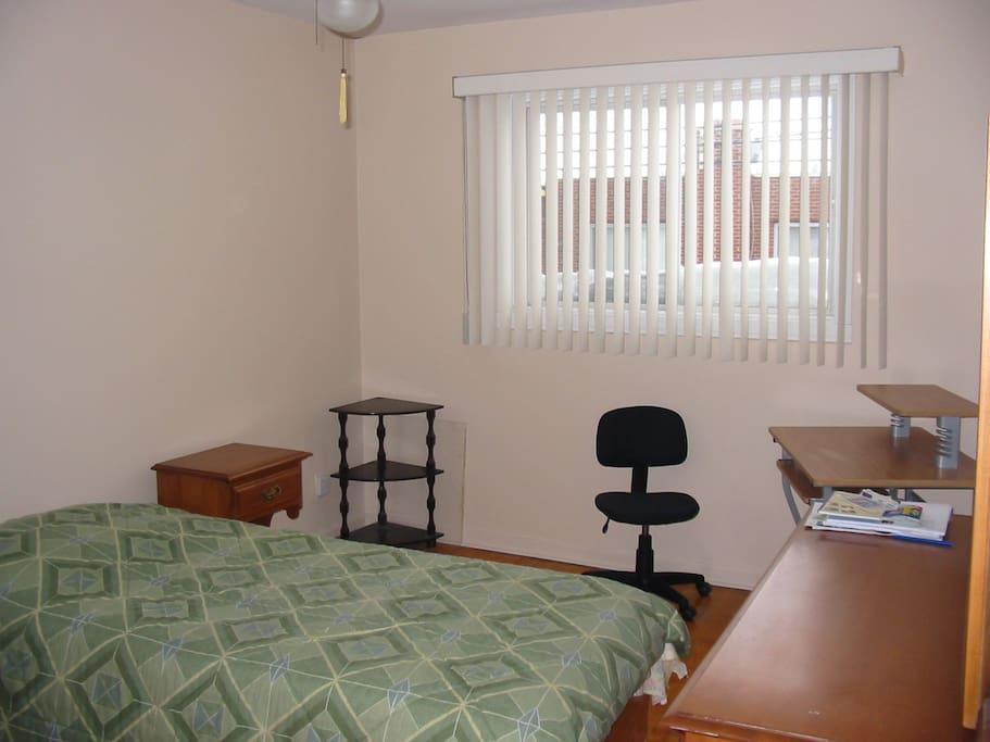2e chambre 1 lit simple