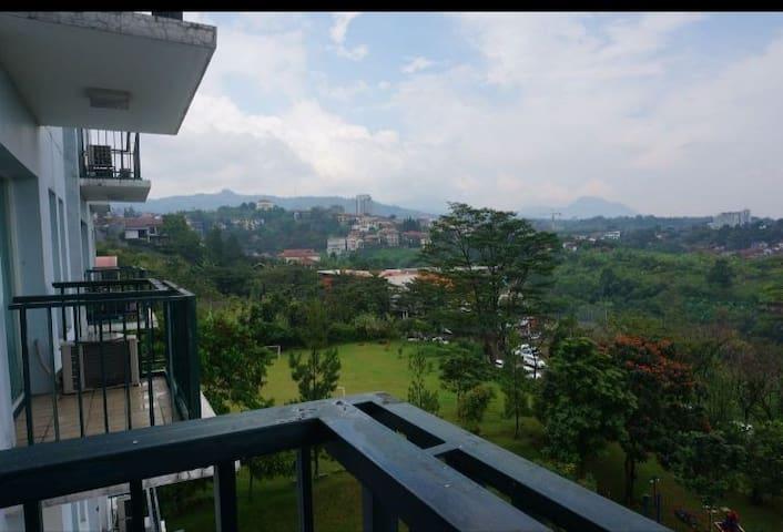 2 BR Apartment Dago Pakar, Good View
