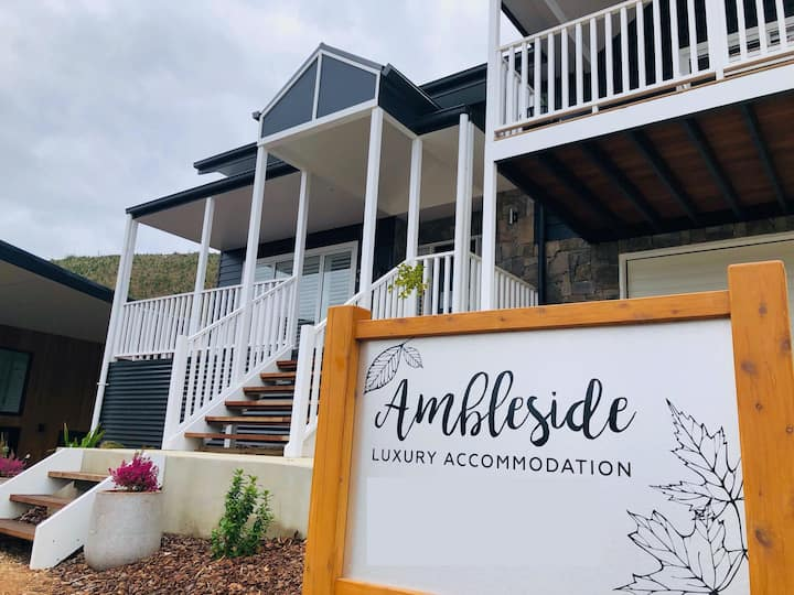 Ambleside -The best views in Bright