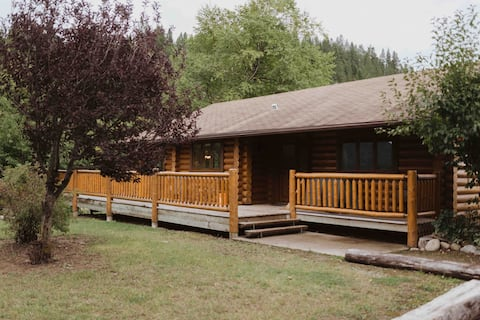DLR-10 person Log Cabin 1 King, 2 Queen, 3 Singles