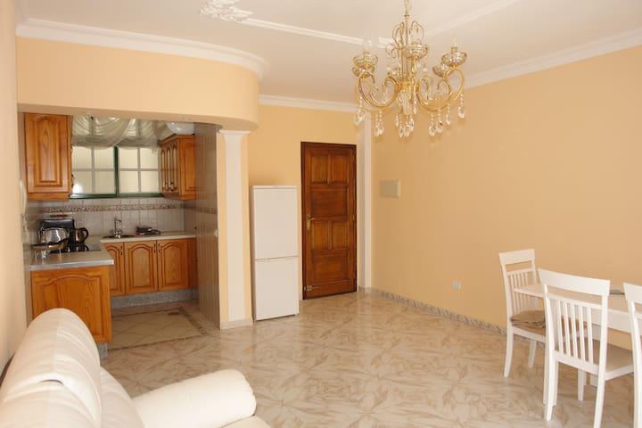 3 bedroom Tenerife - Arona - Mobilyalı daire