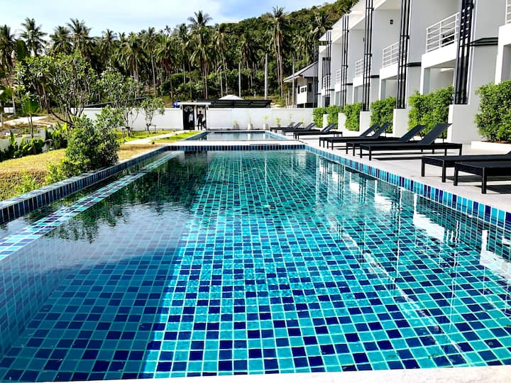 Quiet and jungle view Duplex 2BR + Pool