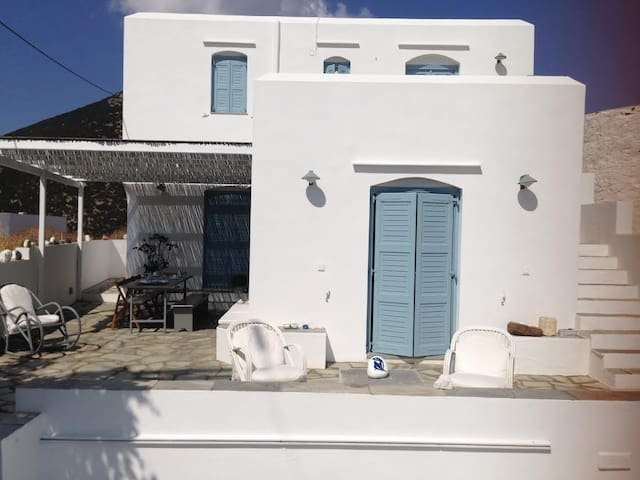 Beautiful Summer House in Sifnos - Milos