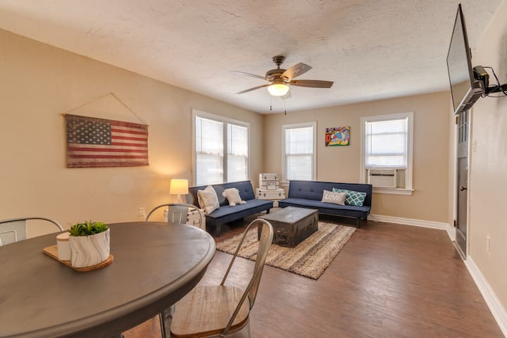 Lawton/Fort Sill's Cozy Cottage