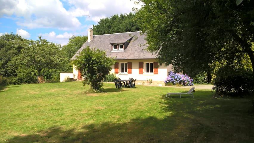 Chambre double à l'orée de la forêt des Andaines - Saint-Michel-des-Andaines - Dům