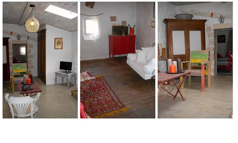 charmante maison de village médiéval  Pouzilhac