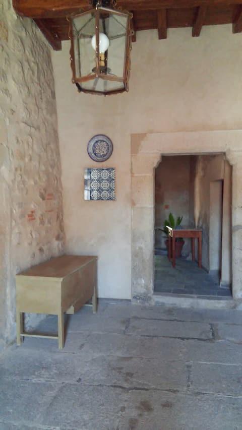 Apart. en Casa Solariega. Apartamentos Altozano