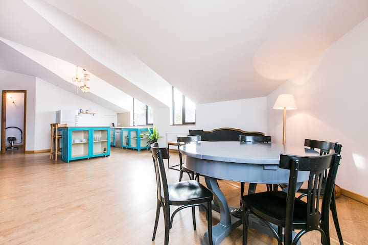 Loft Style Apartment with City View - Tbilisi - Podkroví