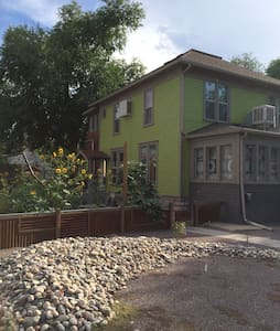 Spacious, modern, downtown apartment - Grand Junction - Lejlighed