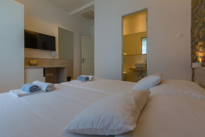 Modern bedroom for 2 near the sand beach