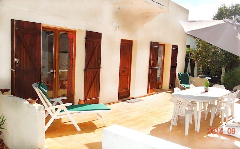 Villa in Perols close to the sea - Pérols - House