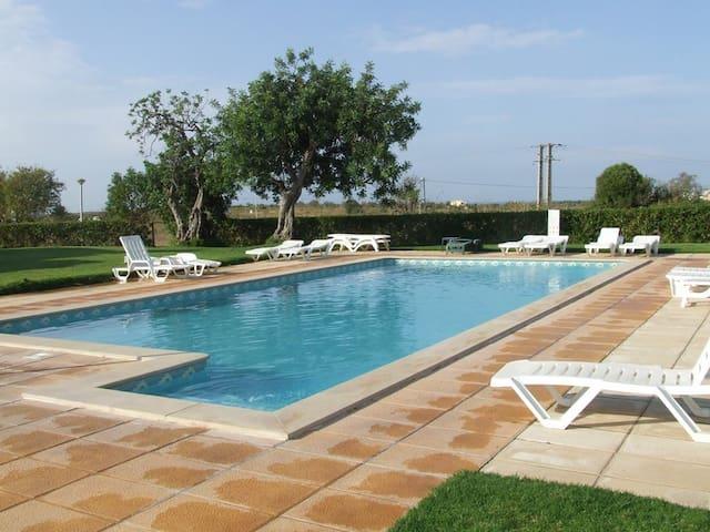 Casa Algarvia, em Pera, um pequeno paraiso - Pêra - Apartment
