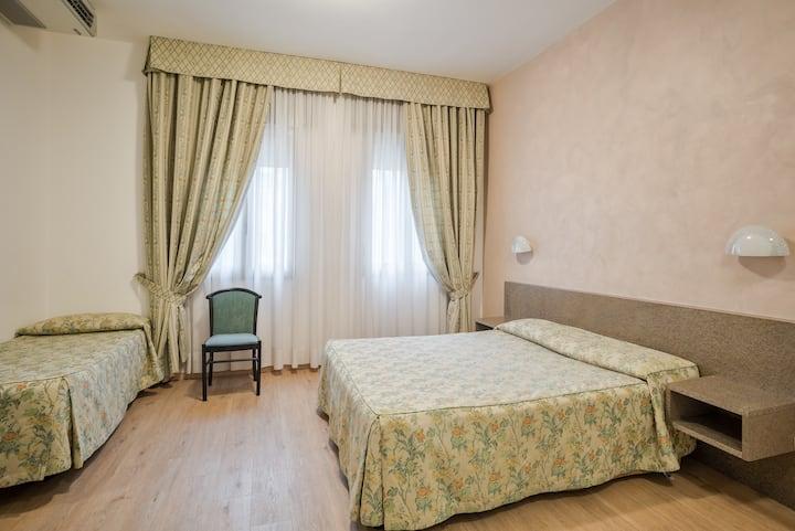 Quadruple Room in Family Run Hotel Garibaldi