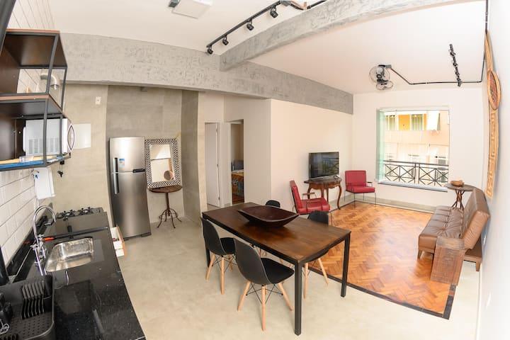 Glória - Apartamento recém reformado