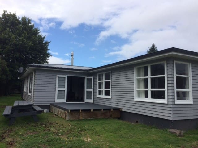 Big Turangi house for Tongariro crossing & Fishing - Turangi - Hus