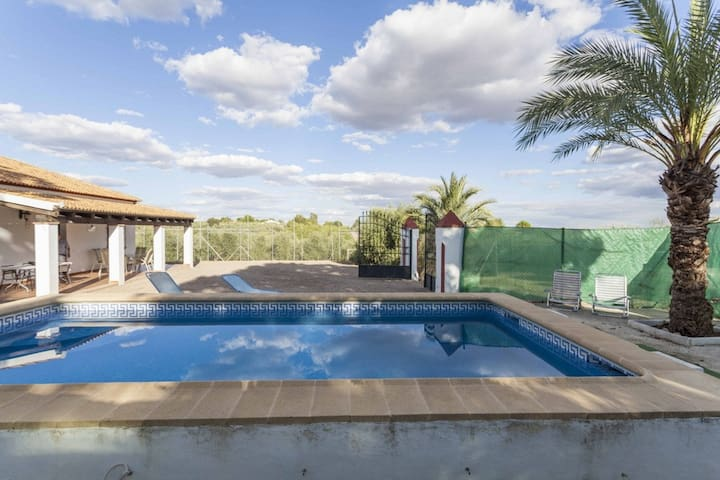House - private pool, garden, - Posadas