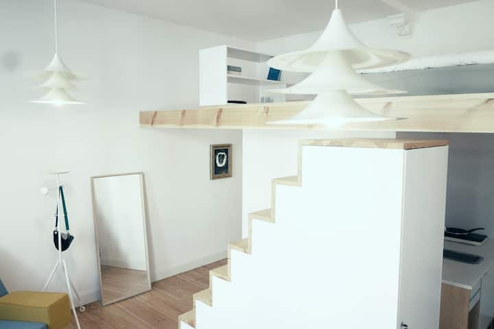 Unique, design, modern studio in city center