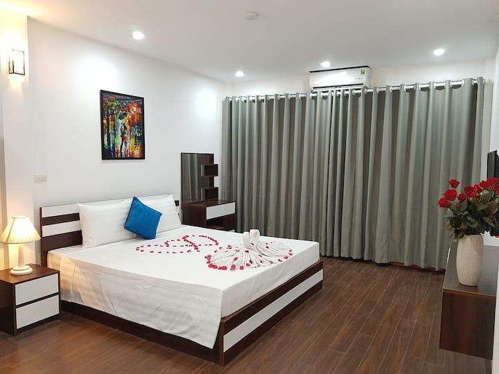 Hanoi Oriental Pearl -Deluxe Double  Balcony Room