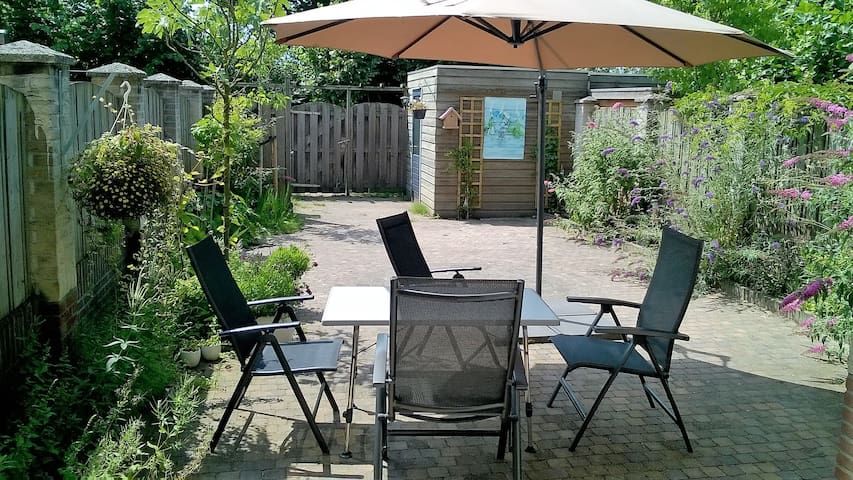 Double room in beautiful scenery, near den Bosch