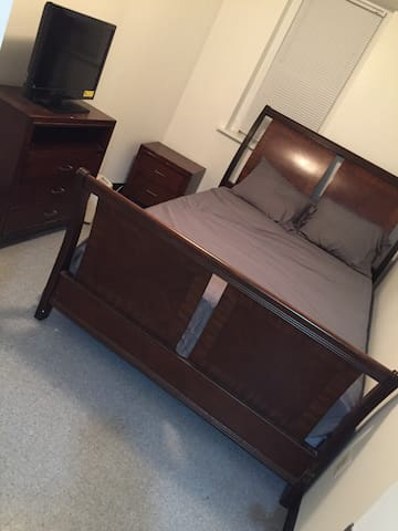 Room available for use in the Chester area