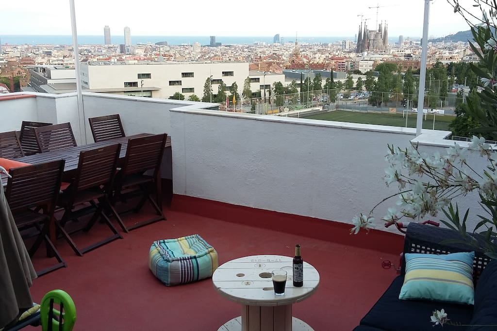 appart avec terrasse vue mer barcelone parking appartements louer barcelone barcelona. Black Bedroom Furniture Sets. Home Design Ideas