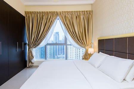 FULLY FURNISHED 1 BEDROOM APPT. IN DUBAI MARINA