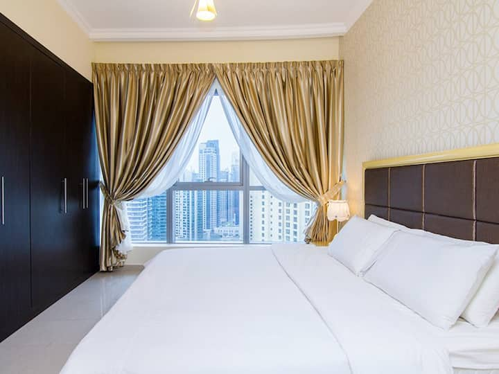 FULLY FURNISHED 1 BEDROOM APPT. IN DUBAI MARINA