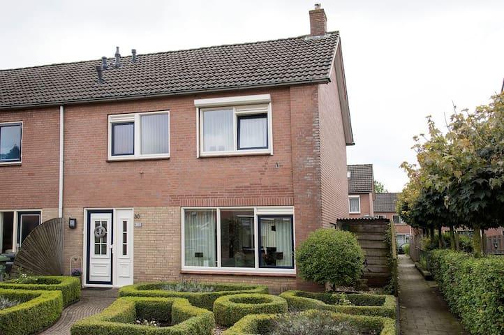 Huis in Wierden